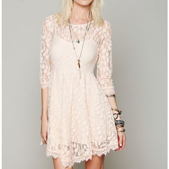 Free People Dresses & Skirts - Free People Floral Mesh Lace Dress